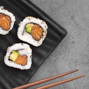 californias-saumon-avocat-restaurant-japonais-saint-brieuc-commander-sur-place-a-emporter