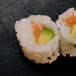 flocons-saumon-avocat-restaurant-japonais-saint-brieuc-commander-sur-place-a-emporter