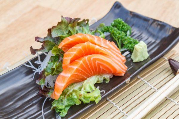 sashimis-saumon-restaurant-japonais-saint-brieuc-commander-sur-place-a-emporter