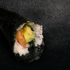 temaki-saumon-avocat-restaurant-japonais-saint-brieuc-commander-sur-place-a-emporter