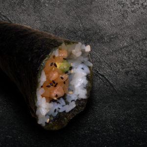 temaki-saumon-hache-avocat-restaurant-japonais-saint-brieuc-commander-sur-place-a-emporter