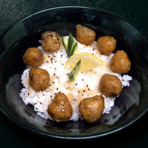 accompagnement-riz-vinaigre-boulettes-de-poulet-restaurant-japonais-saint-brieuc-commander-sur-place-a-emporter