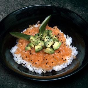 accompagnement-riz-vinaigre-saumon-hache-restaurant-japonais-saint-brieuc-commander-sur-place-a-emporter
